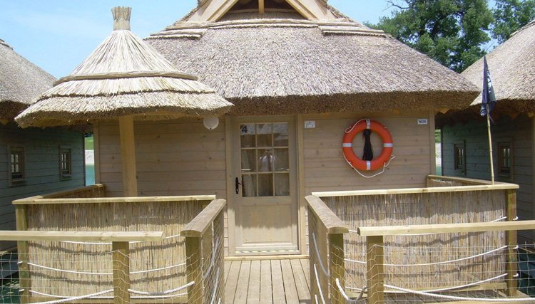 vakantiepark_terme_catez_piratenhut_exterieur.jpg