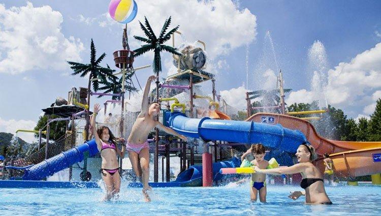 vakantiepark_terme_catez_waterplezier.jpg