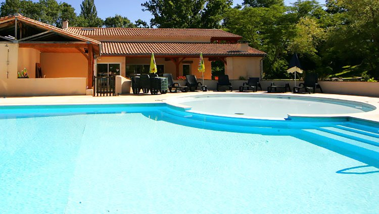 moulin_des_sandaux_zwembad_kinderbad.jpg