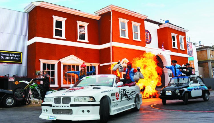 movie park crazy cops new york - the action stunt show
