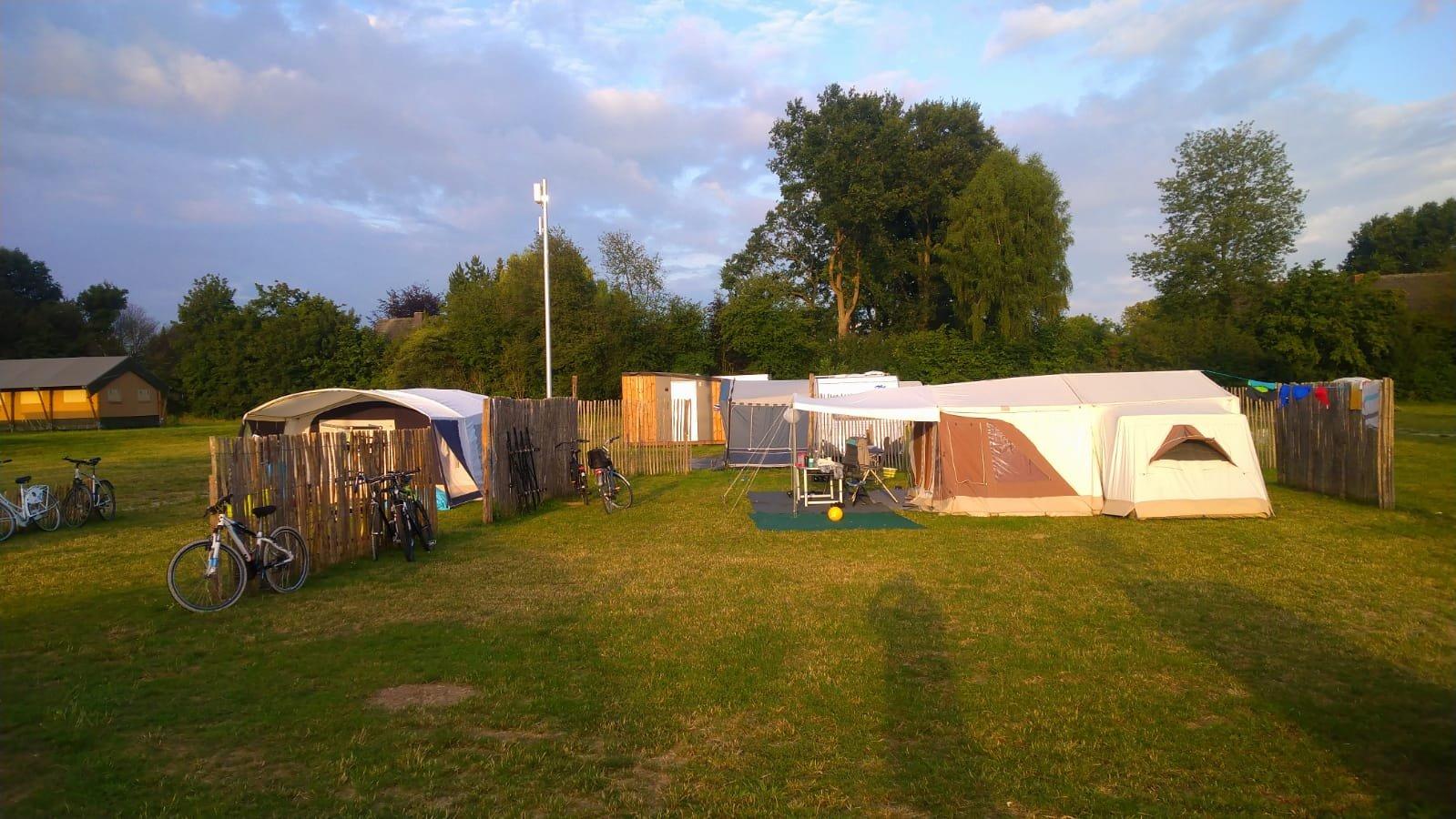 kampeerplaats01.jpg